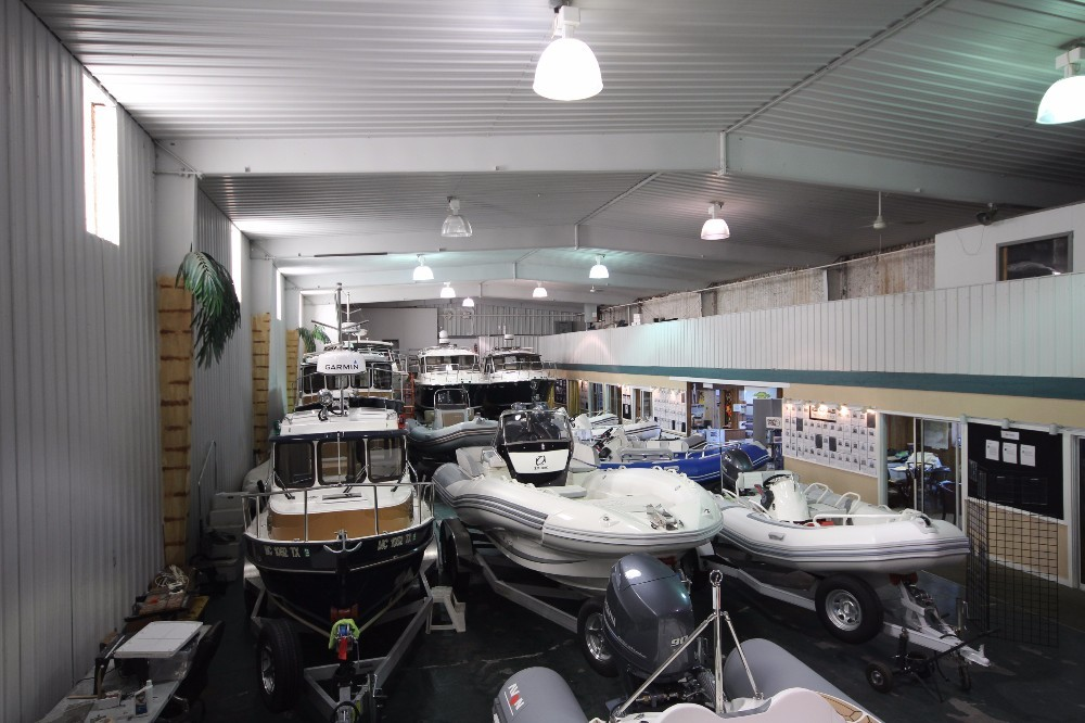 LaSalle Location, Reed Yacht Sales Lasalle, MI Showroom, Image 5 of 13